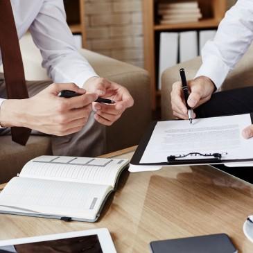 Zaoszczędź miejsce w biurze i domu przy pomocy produktów do przechowywania dokumentów